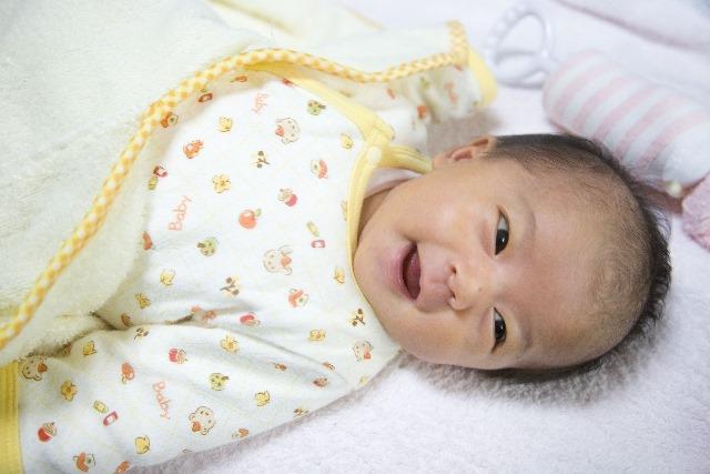 赤ちゃんが笑うのはいつから?天使の笑顔を見せる7つの好きな音とあやし方