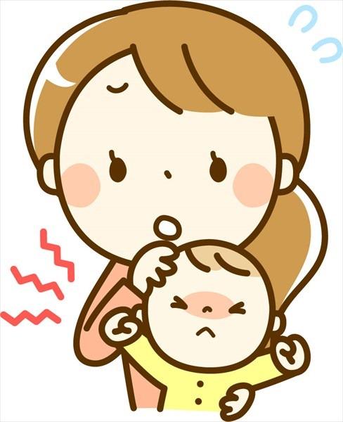 熱はないけど咳をする赤ちゃんは受診させるべき?自宅対処は?