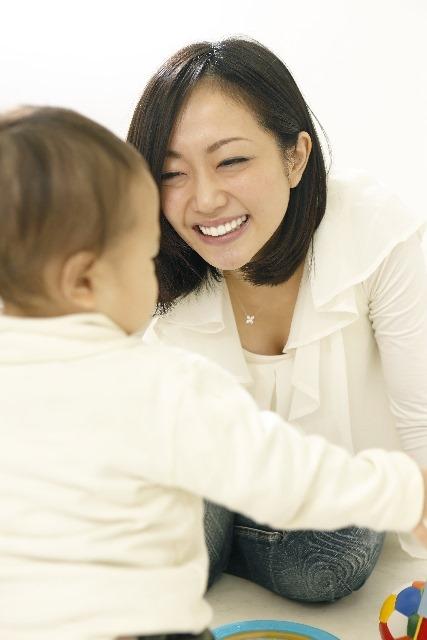 赤ちゃんとママ・パパが一緒に楽しめすぎちゃう遊び3つのヒント