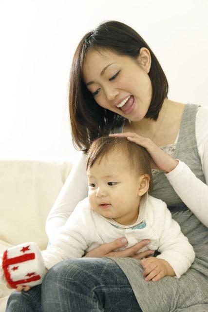 赤ちゃんの頭の形を良くするために試してみたい6つの方法
