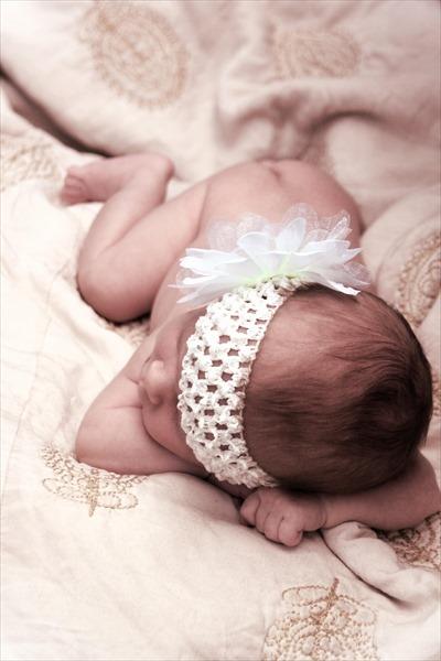 授乳中、超眠い…授乳タイムにみんなやってる暇つぶし4選