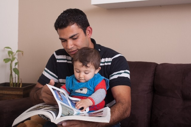 赤ちゃんが興味津々で読んで喜ぶ絵本5選