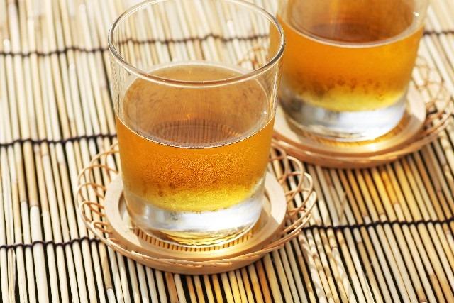 脱水症状にさせないために飲ませておきたい飲み物5選