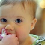 どうして?授乳後に乳首がチクチクと痛む原因と4つの対処法