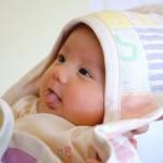 なんで?赤ちゃんが舌を出したりペロッと舐める4つの理由