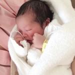 授乳後、赤ちゃんにゲップをさせる意味は?3つの必要な理由